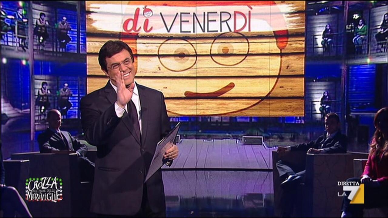 Maurizio Crozza nei panni di Giovanni Floris nella parodia dei talk show