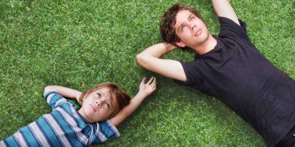 Mason, a sinistra, in una scena di Boyhood di Richard Linklater