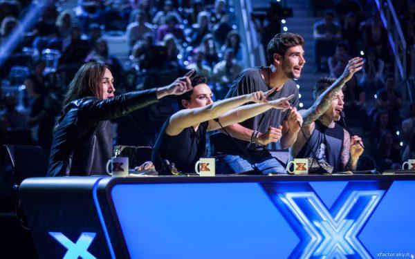 La giuria della decima edizione di X Factor: da sinistra, Manuel Agnelli, Arisa, Álvaro Soler e Fedez