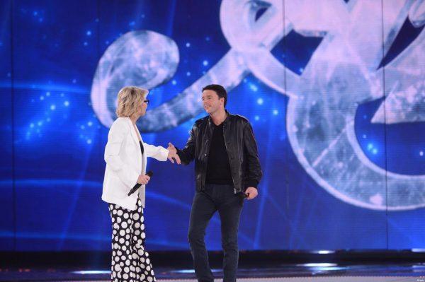 Matteo Renzi, ospite del programma di Maria De Filippi, «Amici»