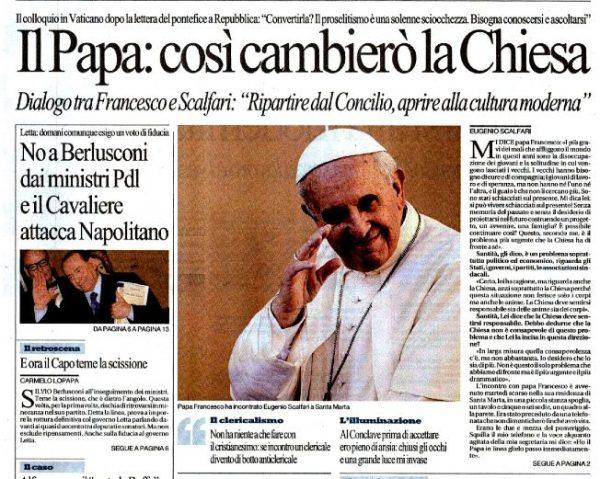 La copia di «Repubblica» con l'intervista di Bergoglio a Scalfari, motivo di scandalo