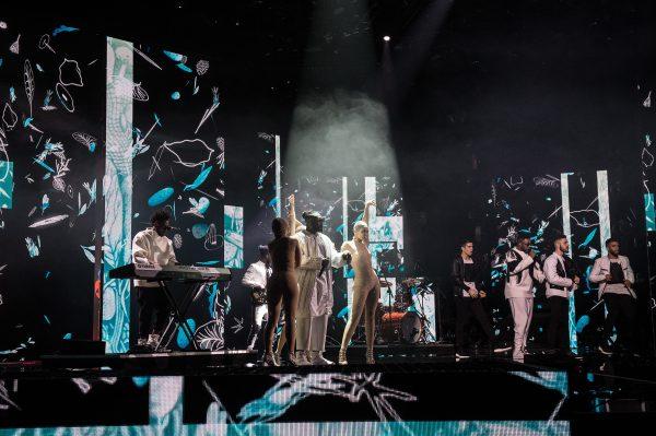 Un momento dell'esibizione dei Soul System durante la semifinale