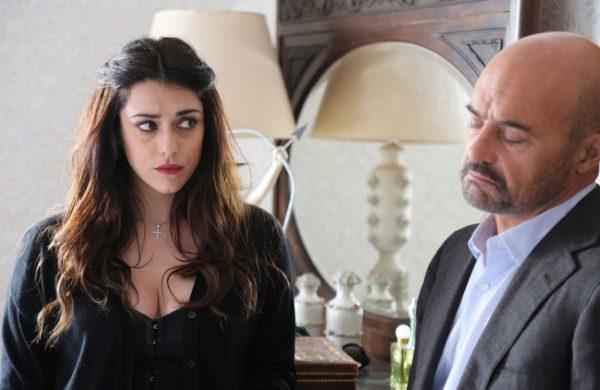 Luca Zingaretti con Valentina Lodovini in «Un covo di vipere»