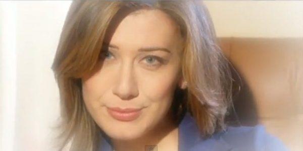Virginia Raffaele nell'imitazione di Maria Elena Boschi