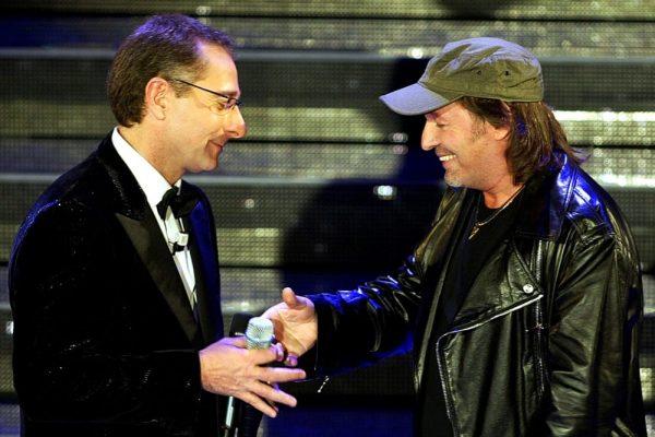Paolo Bonolis con Vasco Rossi a Sanremo nel 2005
