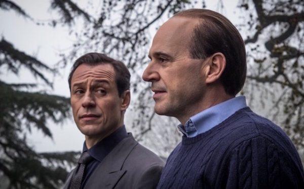 Pierobon nei panni di Berlusconi con Accorsi (Leonardo Notte)