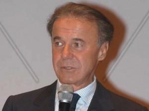 Carlo Sartori assunse Crippa in Mondadori
