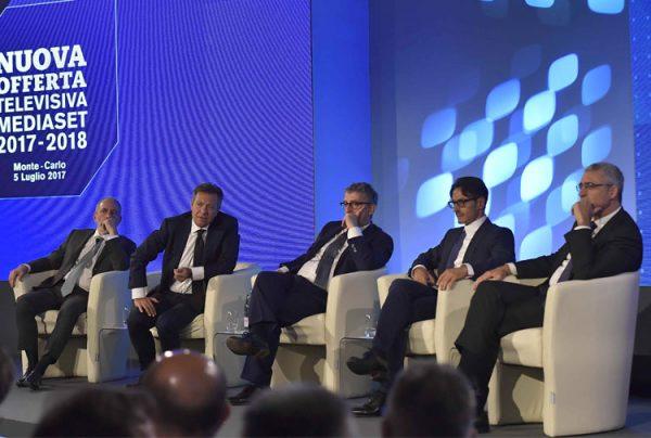 Il vertice Mediaset alla presentazione dei palinsesti 2017/2018