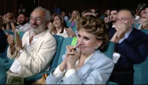 Franca Leosini, al momento dell'ovazione alla presentazione dei palinsesti Rai