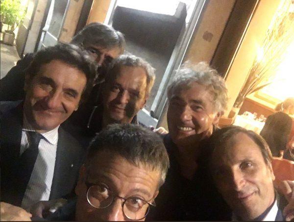Il curioso selfie twittato da Andrea Salerno con Cairo, Giletti e Mentana