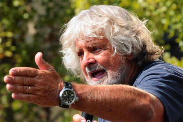 Beppe Grillo: «Voleva fare il guru alla Pannella, ma non ci è riuscito»