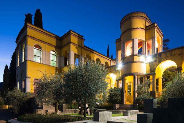 L'ingresso del Vittoriale degli italiani di cui Guerri è presidente: nel 2017 258.000 visitatori