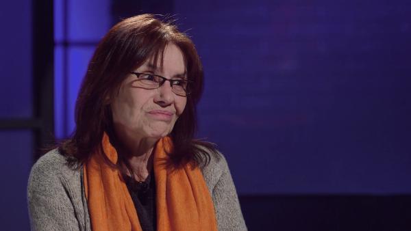 Adriana Faranda durante l'intervista a Francesca Fagnani sul canale Nove